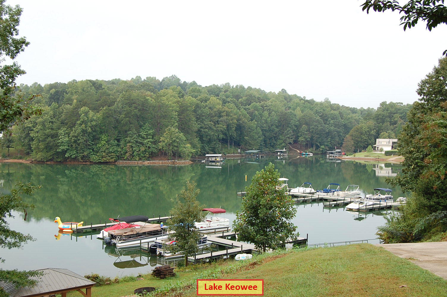 Half Acre Lot on Lake Keowee inside of Waters Edge Subdivision - Image 6