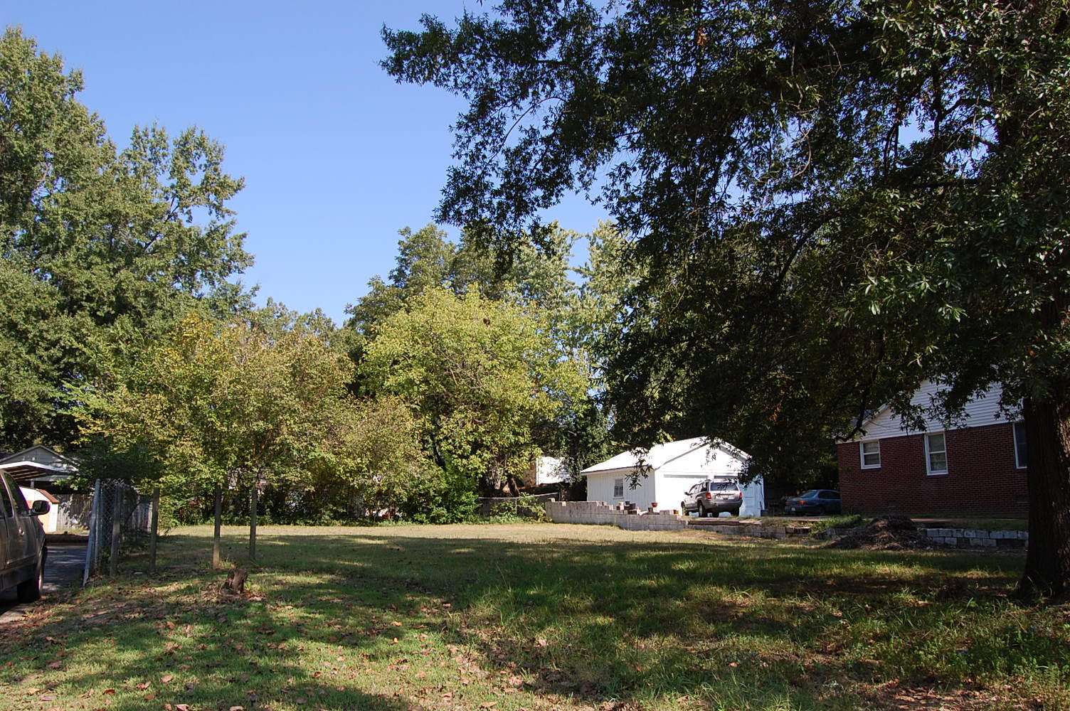 Nearly a quarter acre in Jackson - Image 0