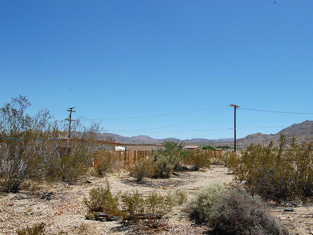 Quiet Living in Heart of Mojave Desert - Image 0