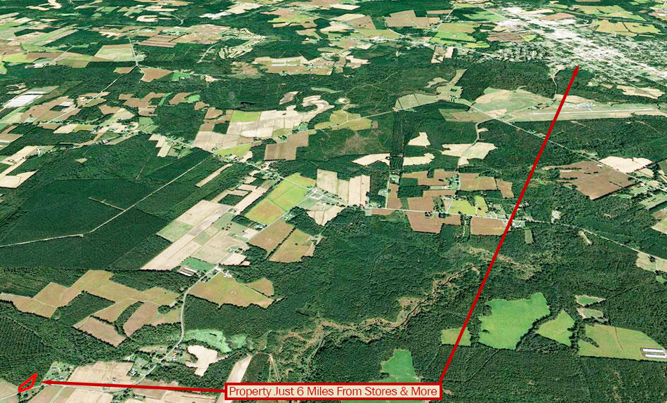 Nearly 1 Acre in Quaint Southern Community - Image 4
