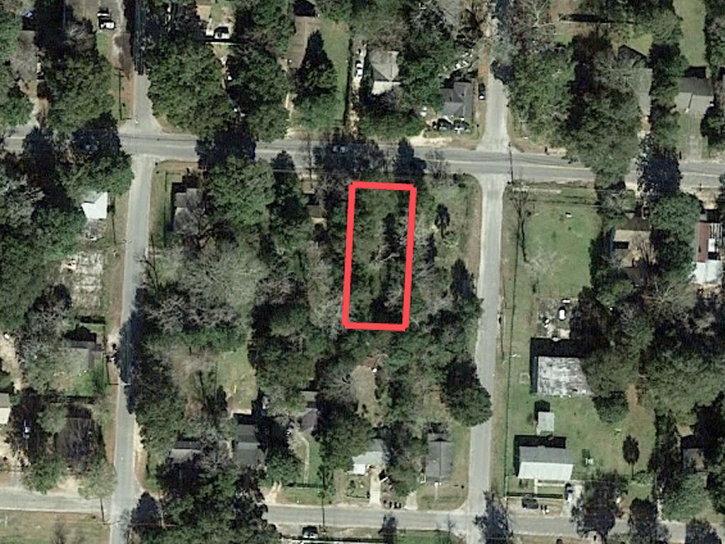 Pensacola Homesite With Utilities Available - Image 1