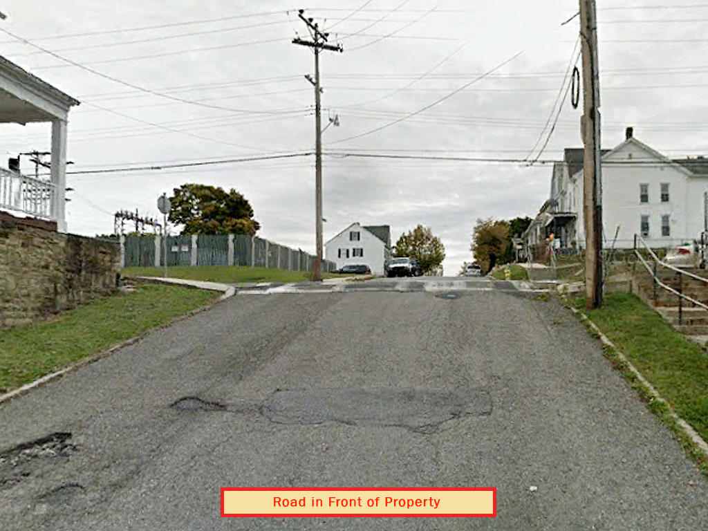 Established Residential Lot in Altoona - Image 4