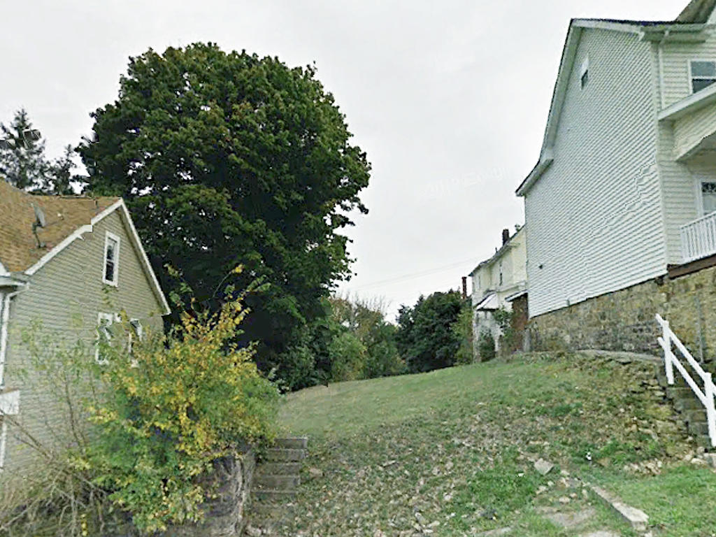 Established Residential Lot in Altoona - Image 0