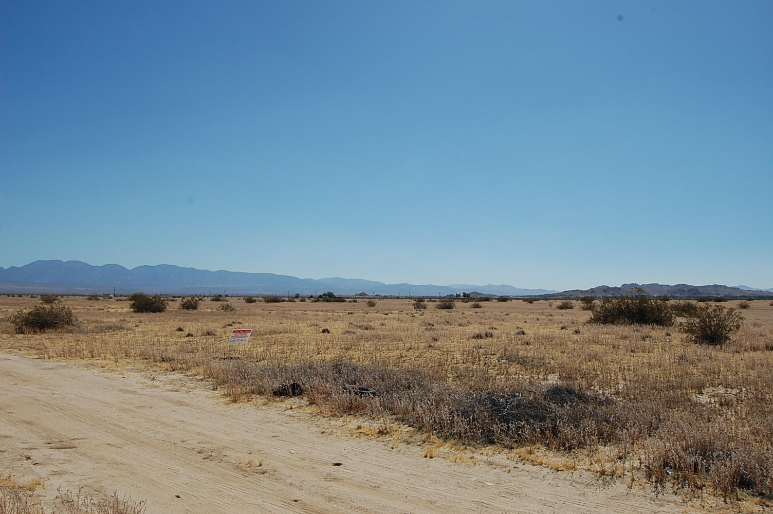 2.497 Acres Outside Lake Los Angeles - Image 5