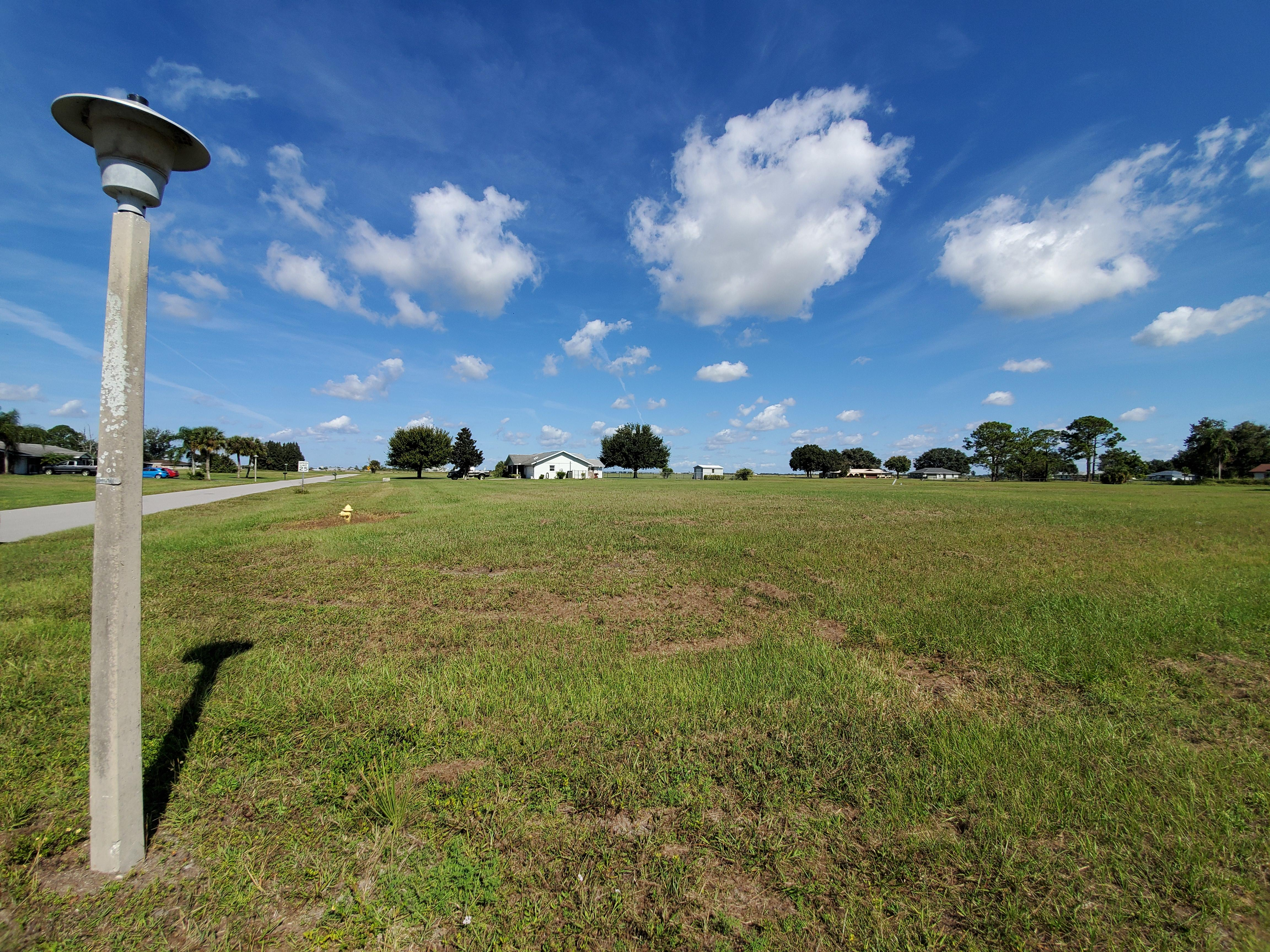 Nearly Three-Quarter Acre Sebring Property - Image 4