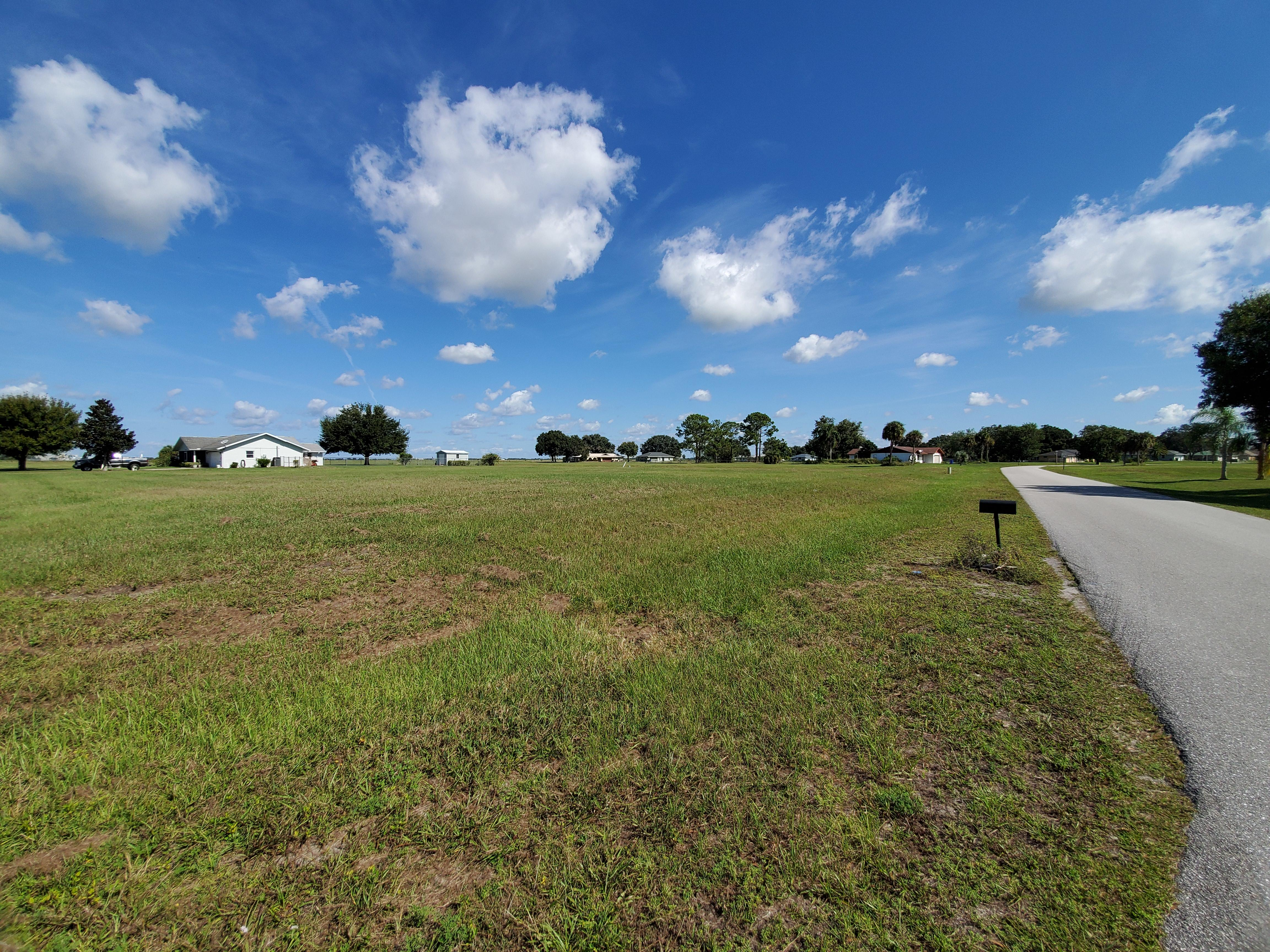 Nearly Three-Quarter Acre Sebring Property - Image 5