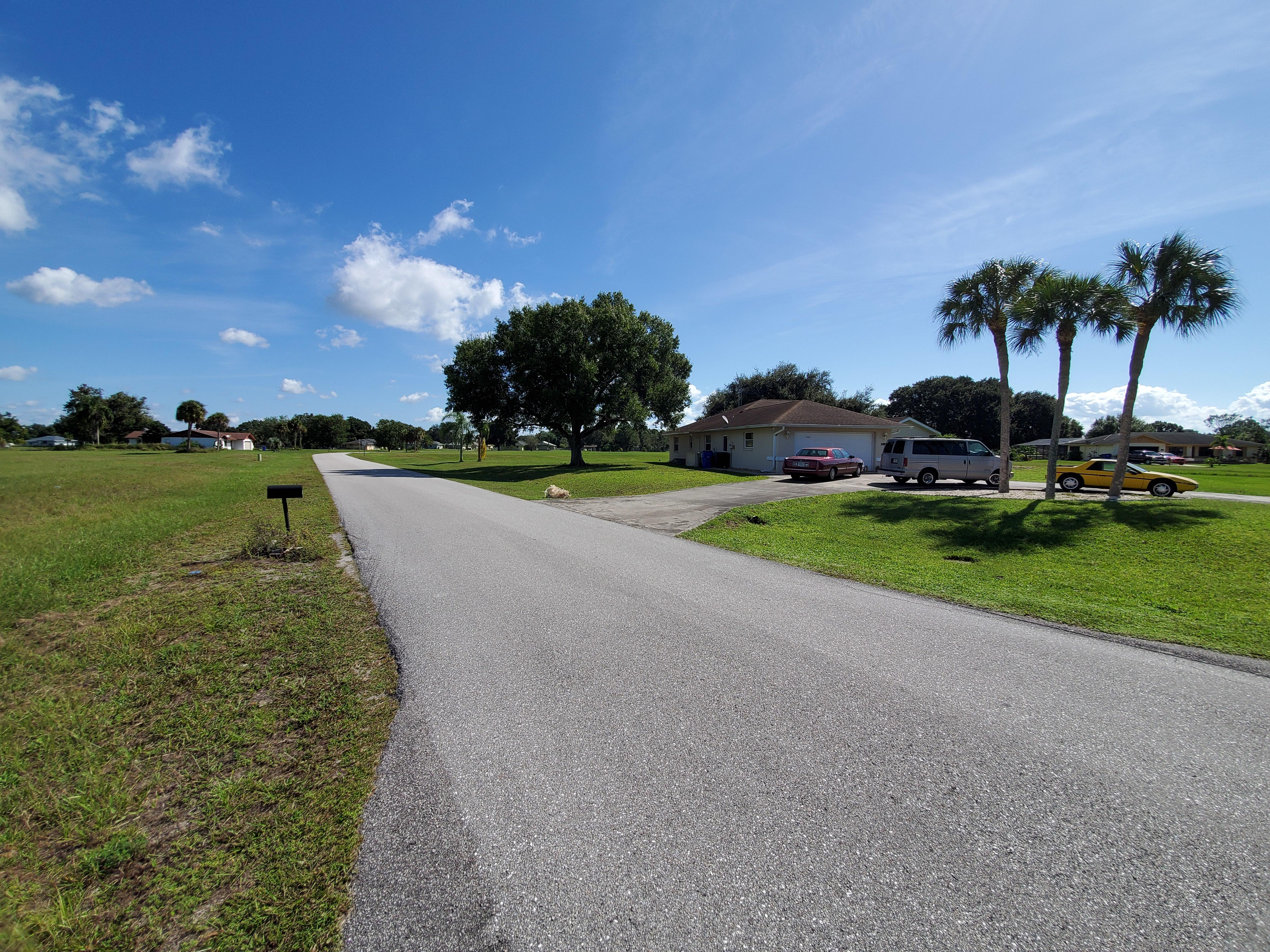 Nearly Three-Quarter Acre Sebring Property - Image 6