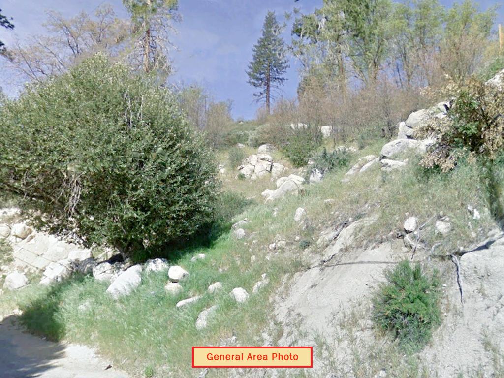 Sloped Arrowhead Lake California Property - Image 0