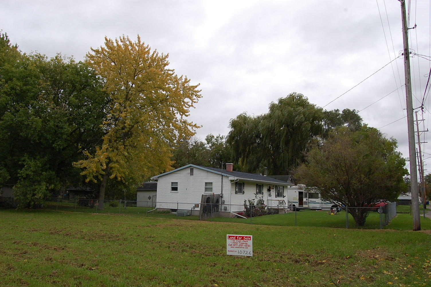 Large Lot with Income Potential in Beautiful Bay City - Image 5