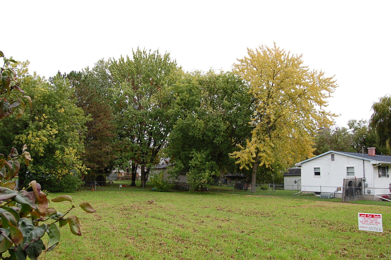Large Lot with Income Potential in Beautiful Bay City - Image 0