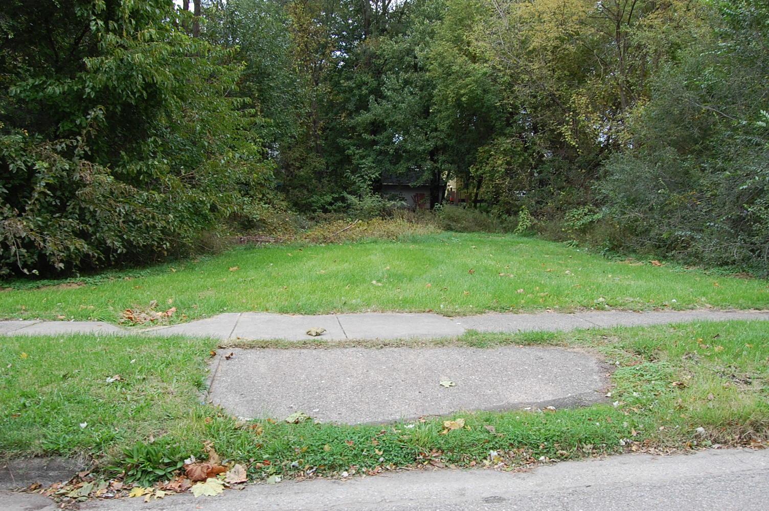 Small Kalamazoo Property in Great Neighborhood - Image 4