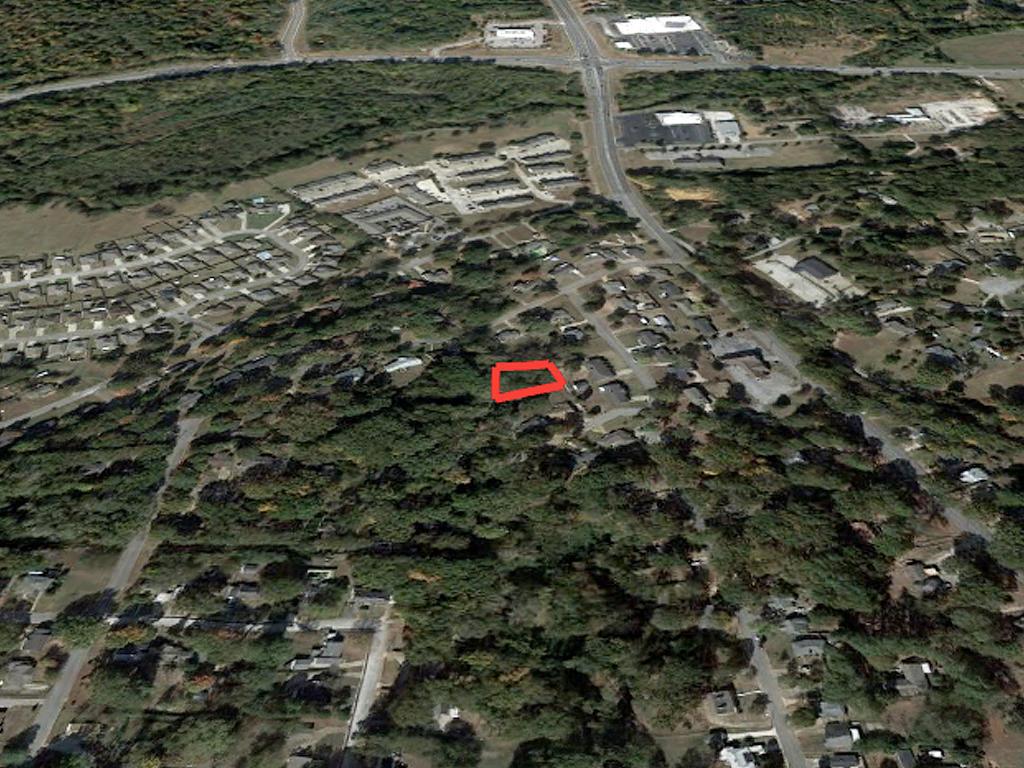 More Than a Quarter Acre in Convenient Location - Image 3
