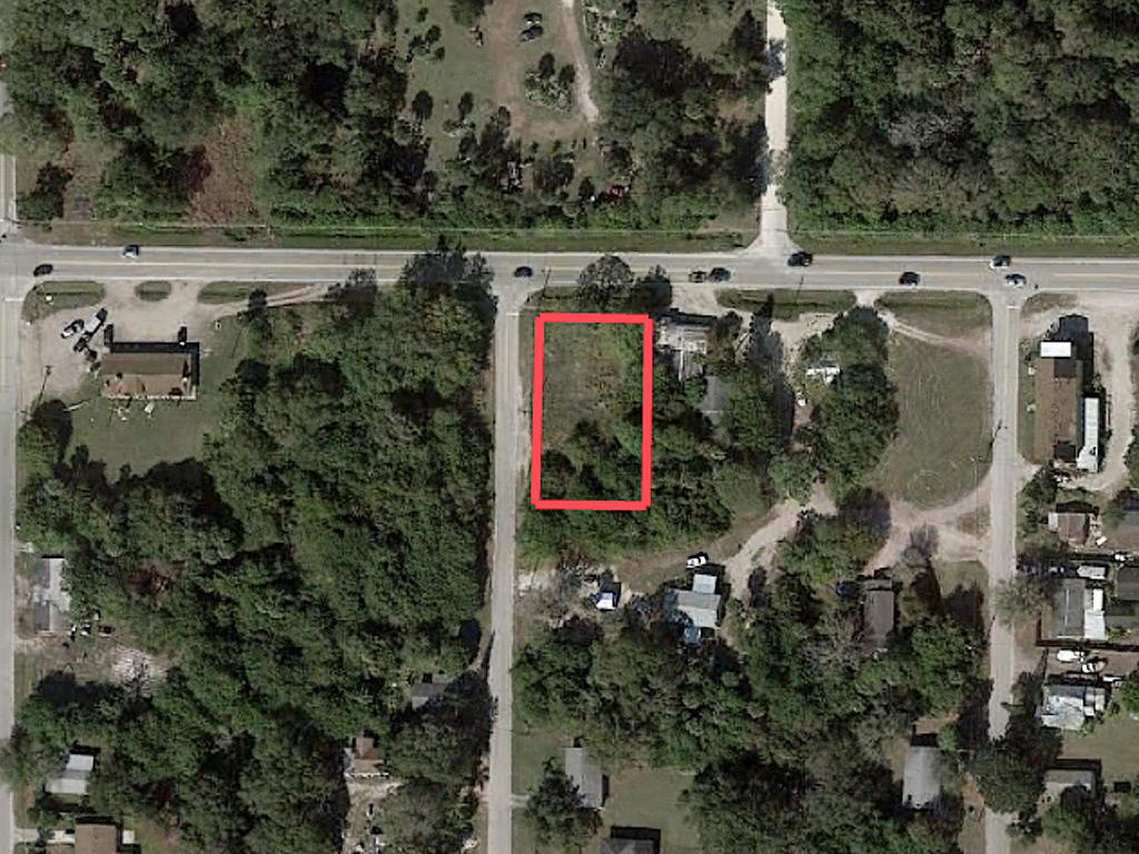 Commercial Lot in Ideal Coastal Location - Image 1