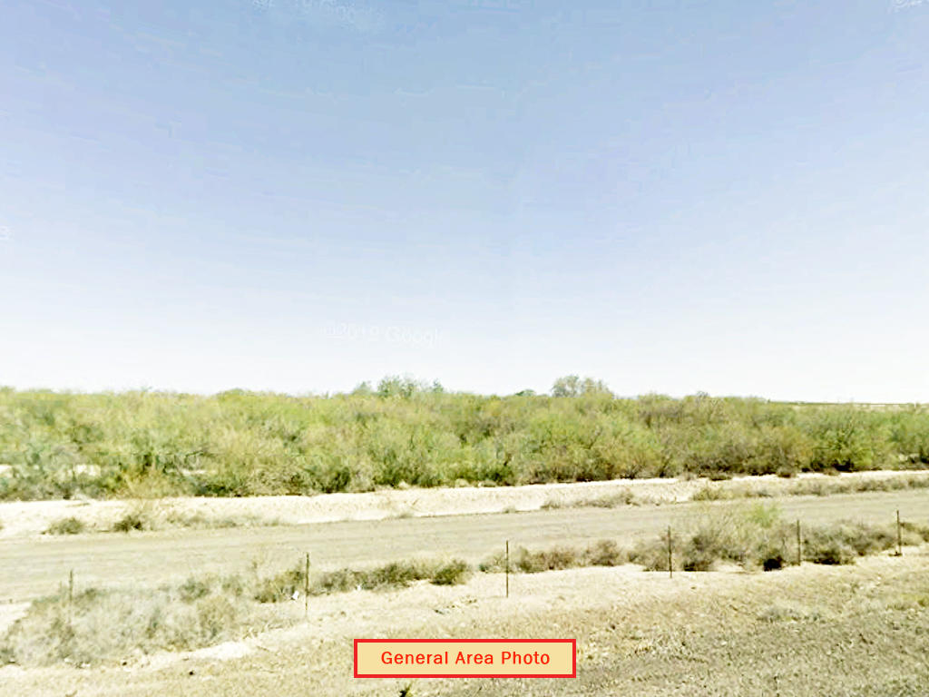 Ideal 1 Acre Investment in Rural Arizona Desert - Image 3