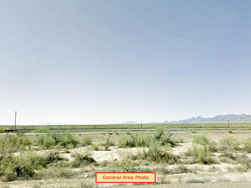 Off the Grid Living in Arizona Desert - Image 3