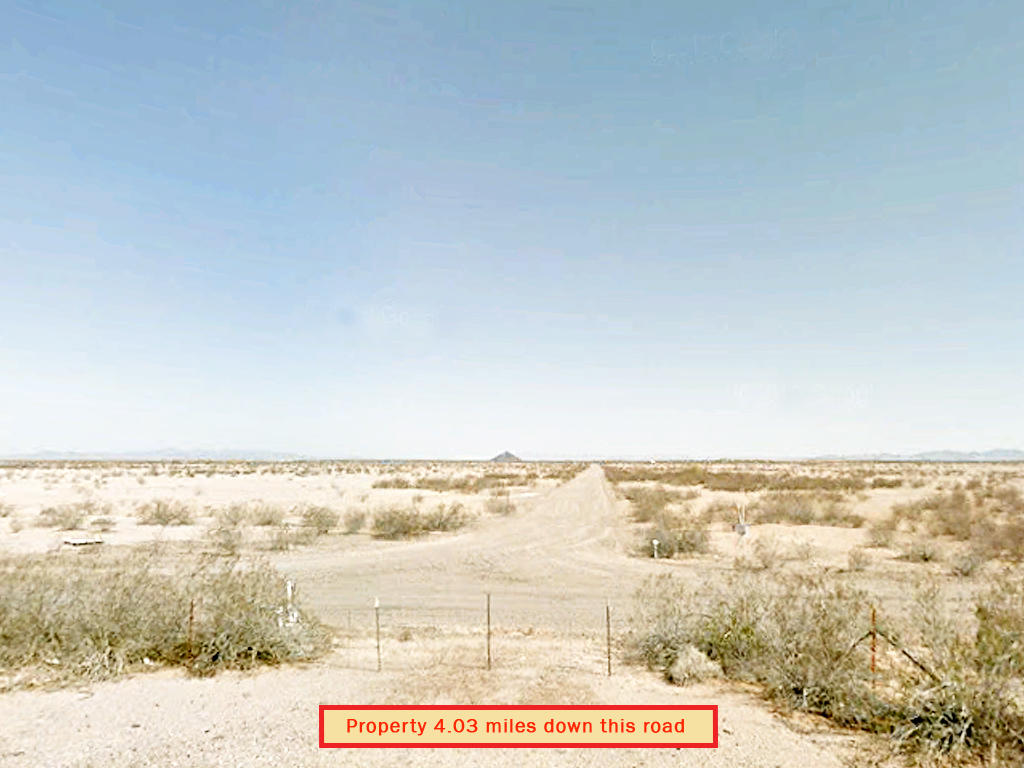 Off the Grid Living in Arizona Desert - Image 4