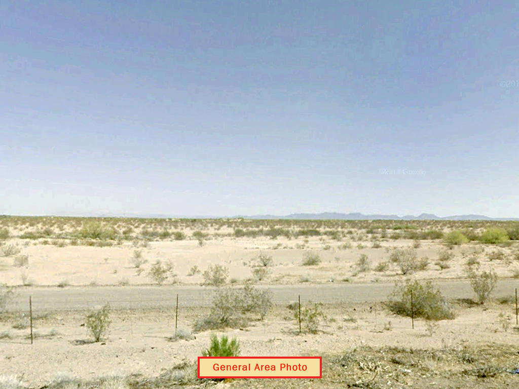 Ideal Investment on One Acre of Arizona Land - Image 1