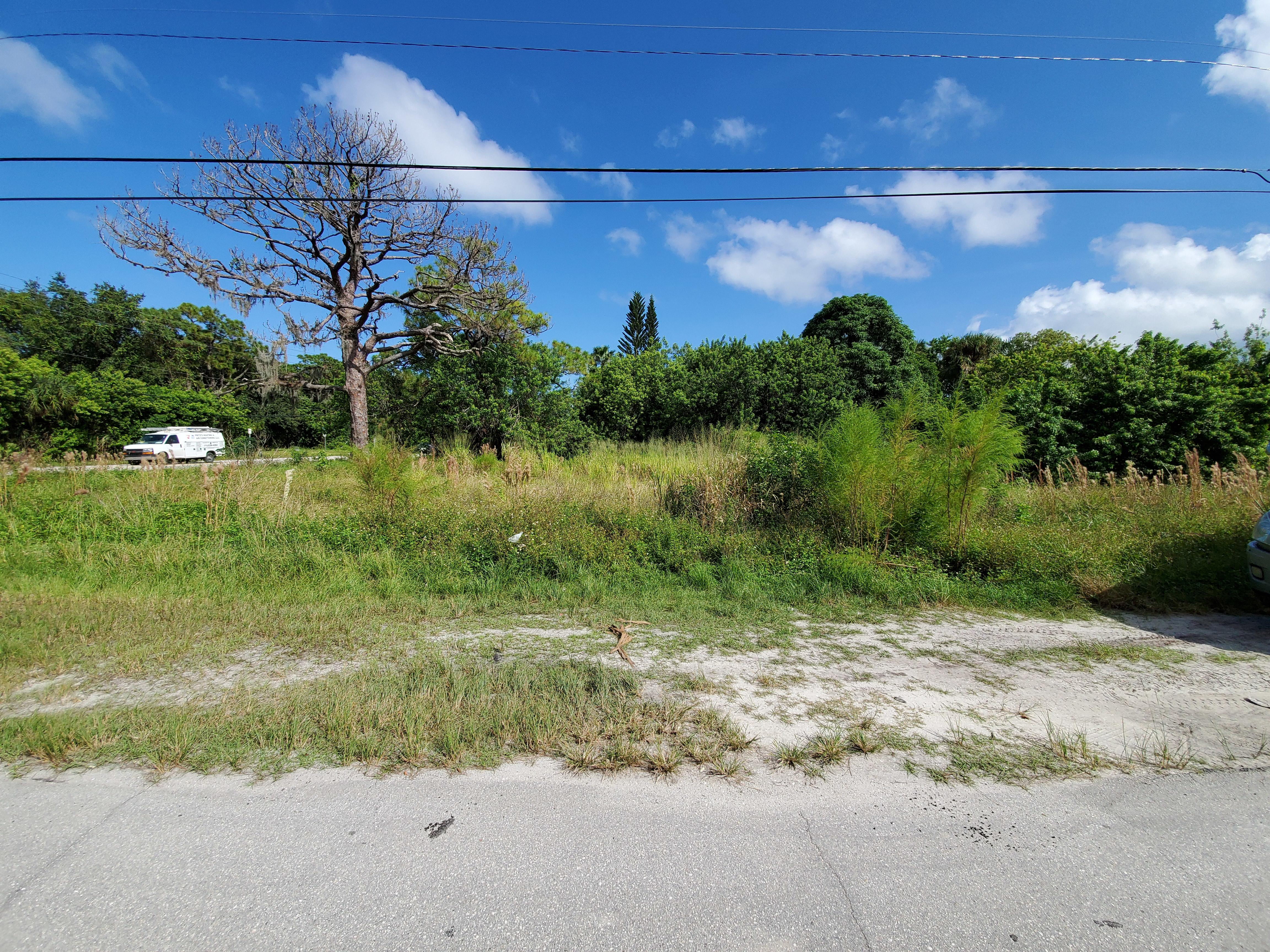 Commercial Lot in Ideal Coastal Location - Image 3