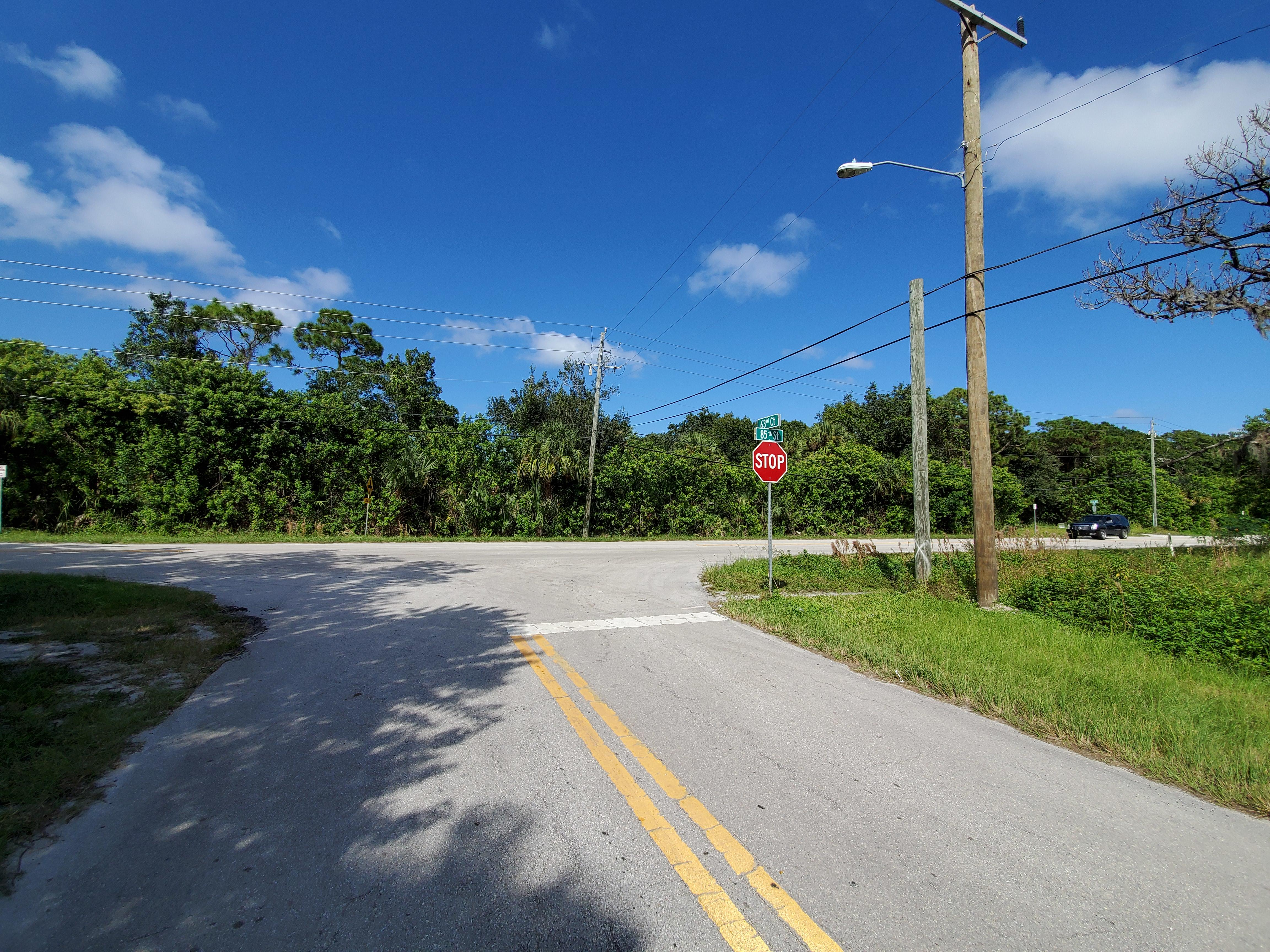 Commercial Lot in Ideal Coastal Location - Image 4